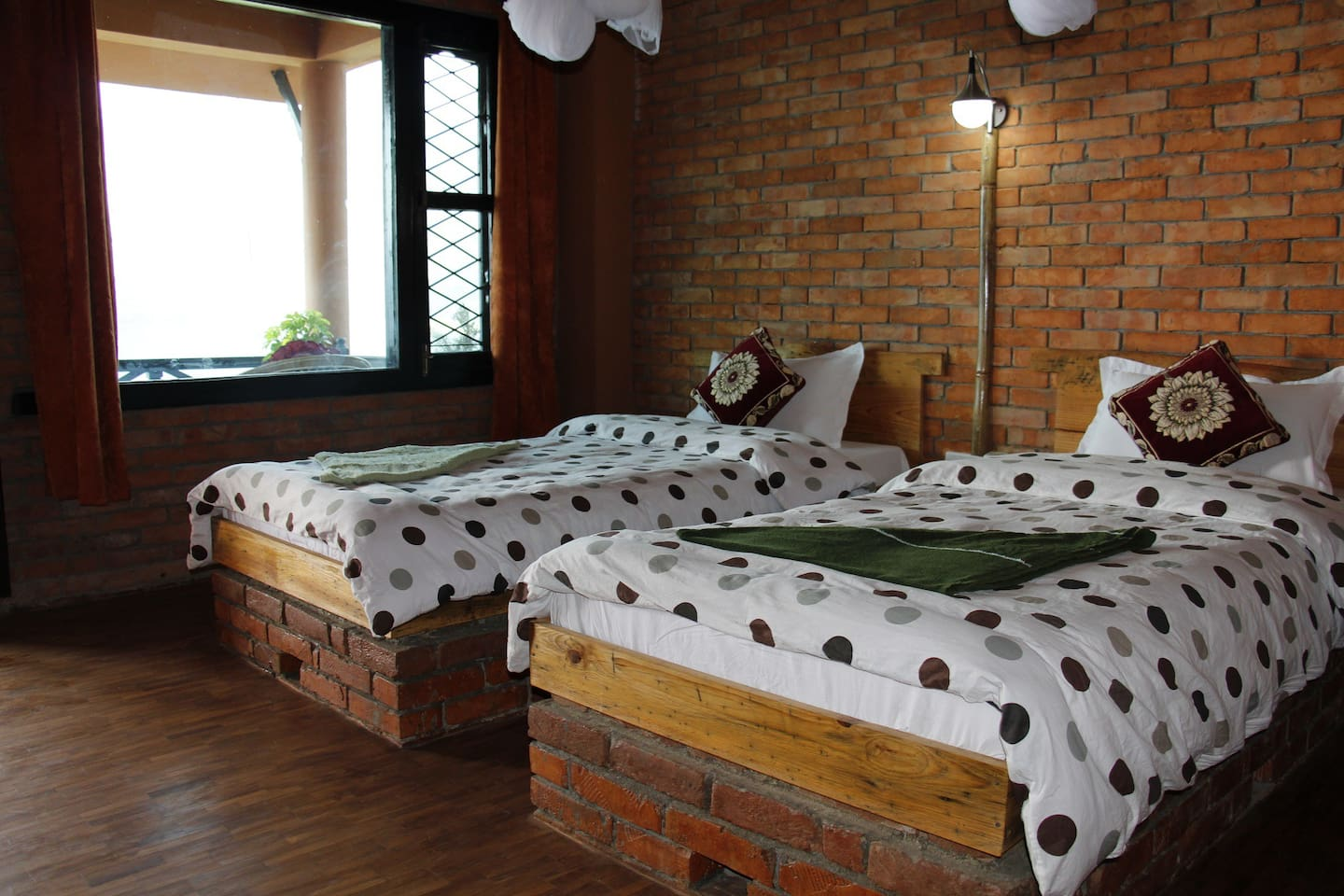 beautiful double private room on fewa lake no  bed amp breakfasts for rent in pokhara: heater table aaad