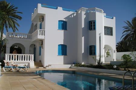 Top 20 des locations de vacances zarzis locations for Acheter une maison en tunisie pas cher