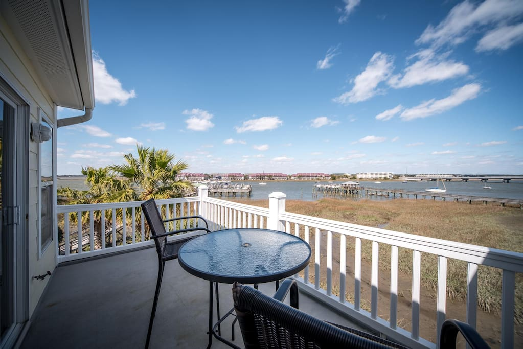 17 turtle bay newly remodeled pool river view scr porch apartments for rent in folly. Black Bedroom Furniture Sets. Home Design Ideas