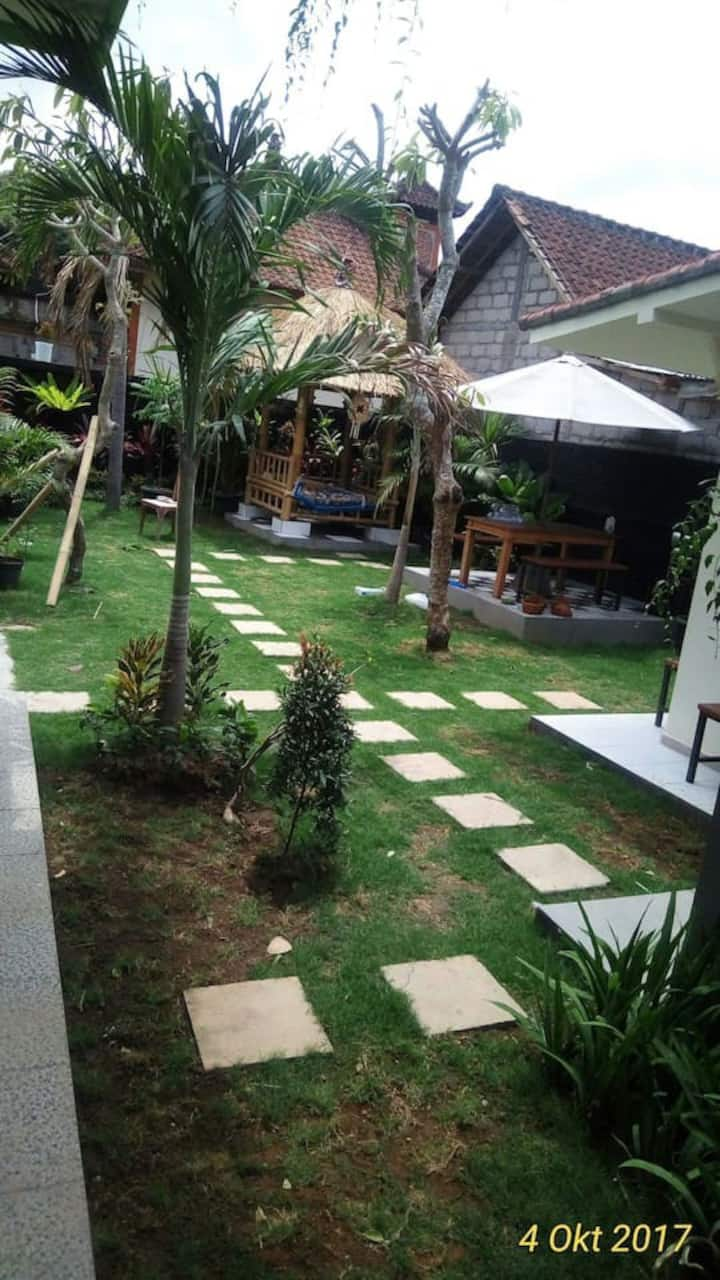 Pucuk Merah 51 Guest House at Canggu