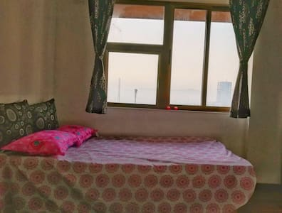 Spacious Private Room with great views  in thane
