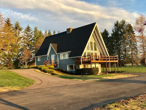 Finger Lakes  Wine Country Chalet