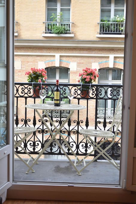 (02) Balcony.
