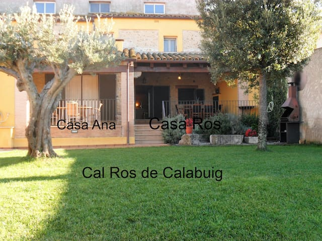 Casas Rurales Cal Ros. Costa Brava Beaches 20 mins