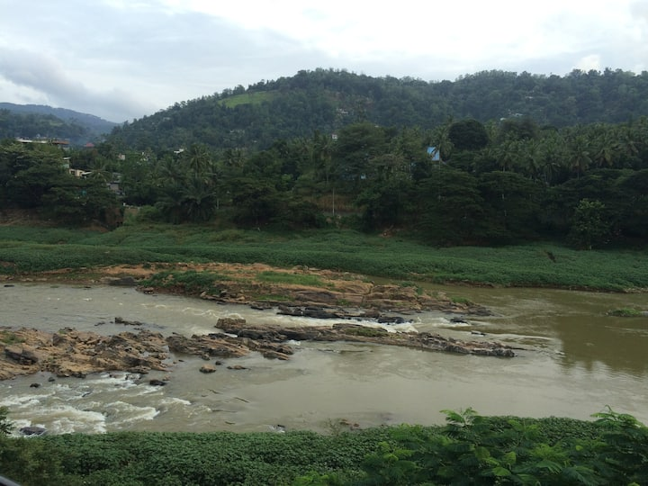 Riverside Retreat Kandy