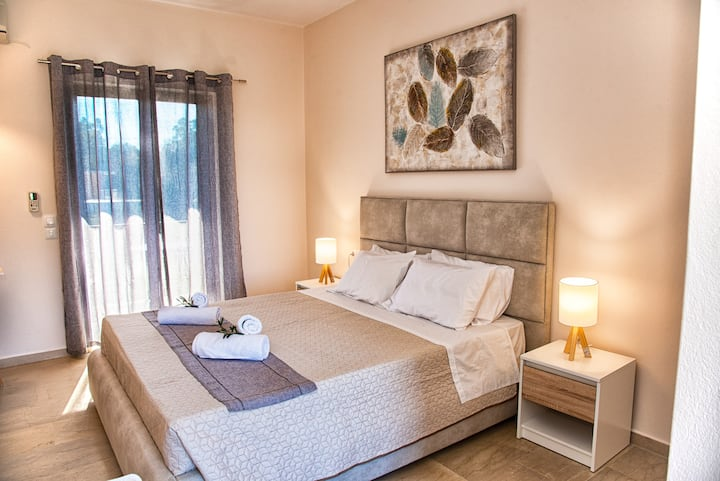 Relaxed studio No2  in Costas Aparments