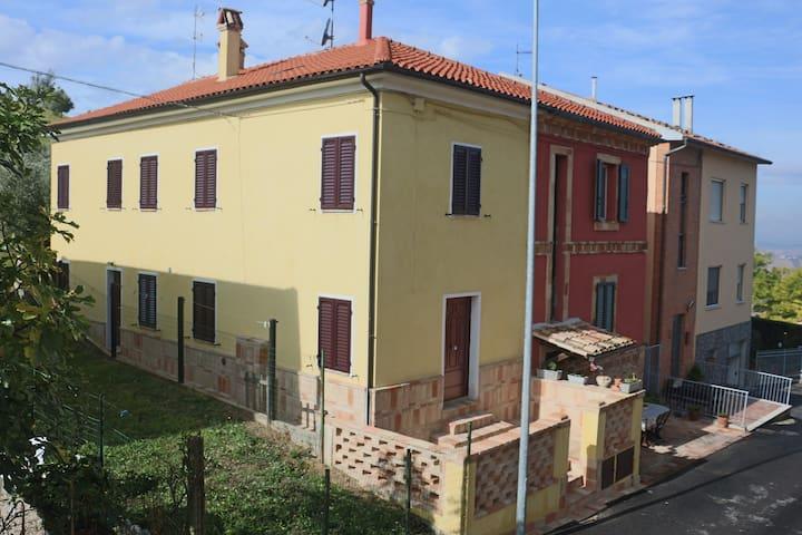 La casetta del muratore 2 - Recanati - Apartemen