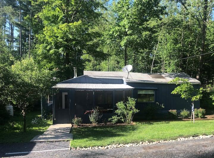 The Pike Lane Cabin & Nature Preserve