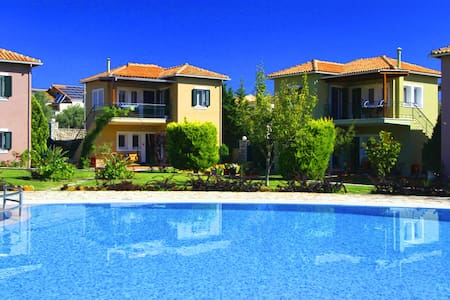 Saint Thomas Village 2-Bedroom Apt. - Lefkada - Apartment