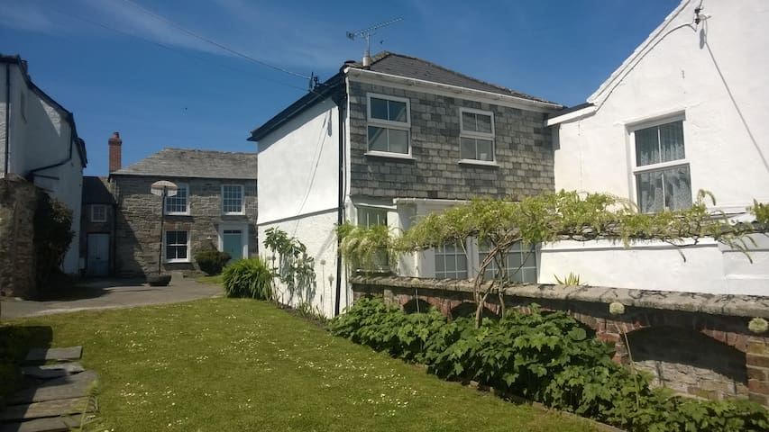 Agan Dyji - Cornish Boutique Cottage - Saint Columb Major - Casa