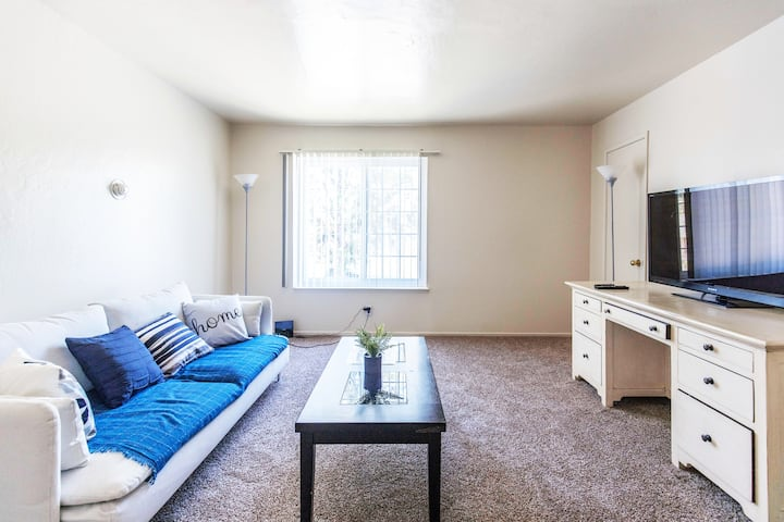 ★ MTV Great 2BR Free wifi TV close to High Techs