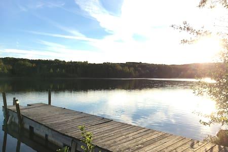 Port Perry Cottage on the Lake! - Kisház
