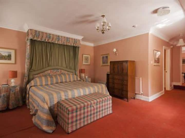 King Room at Corse Lawn House Hotel
