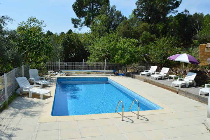 Anduze house Mirabeau  quiet and pool 6p