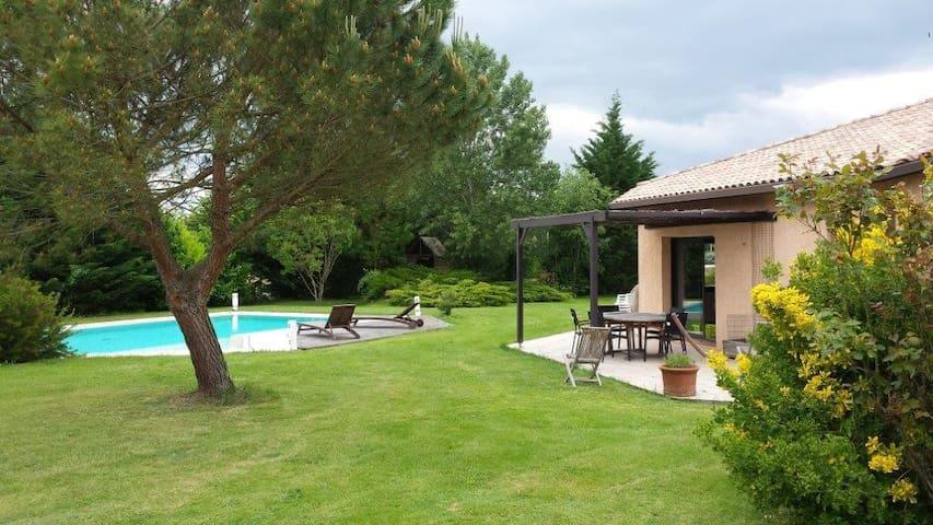 Suite parentale indépendante avec jacuzzi/piscine - Montastruc-la-Conseillère - Rumah