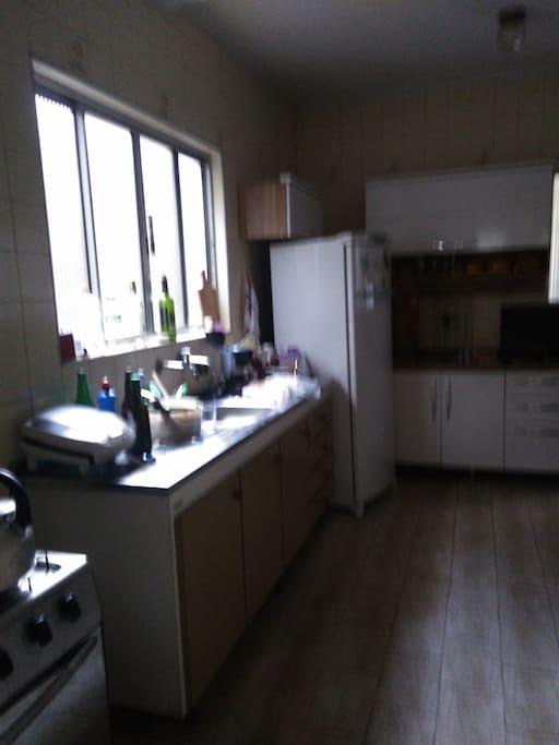 Cozinha, com tudo à disposição