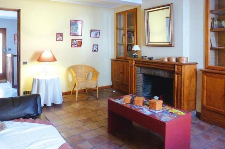 Maison vacances de village - Caderousse