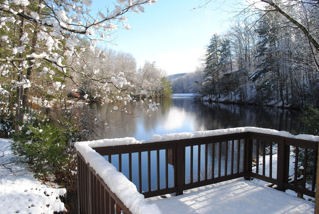 Winter time on Trout Lake (lower deck)