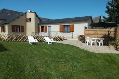Maison au calme à la campagne proche RODEZ - Pont-de-Salars