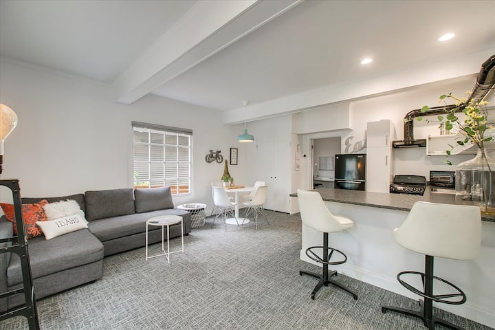 #HabitueHomes- Industrial Inspiration, King Bed, 1bd, 1ba