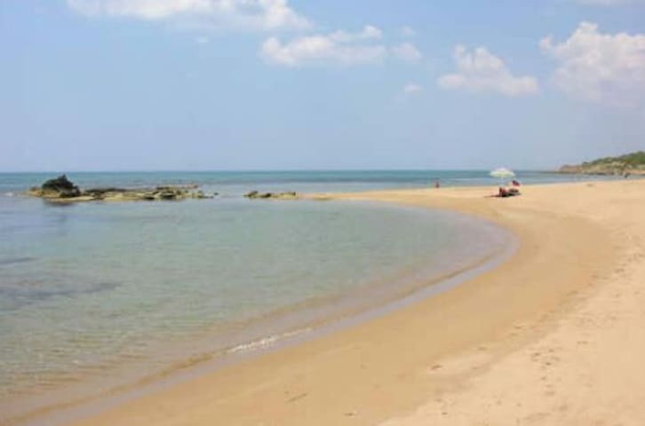 Alloggio a 50 metri dal mare - Triscina - Huoneisto