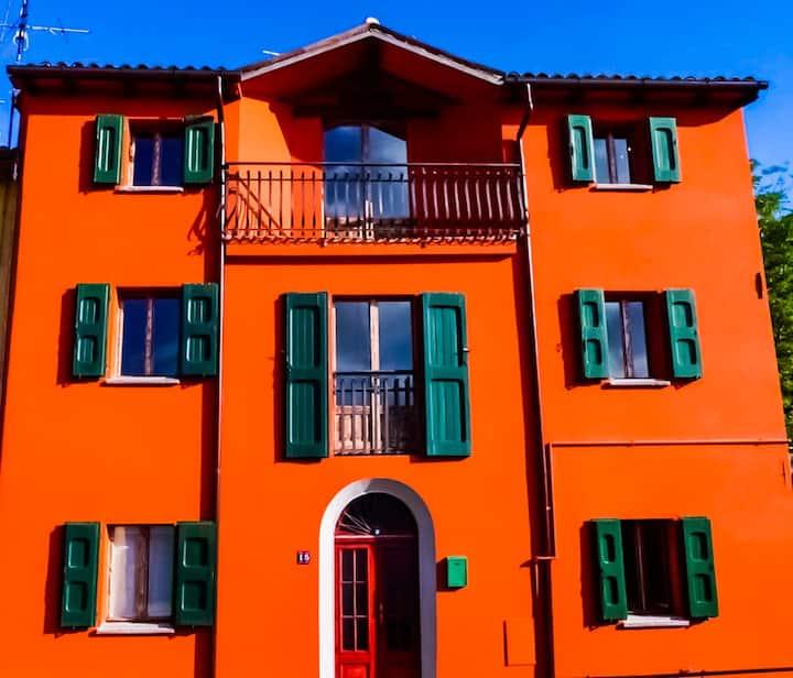 Hottub & views near San Benedetto val di Sambro