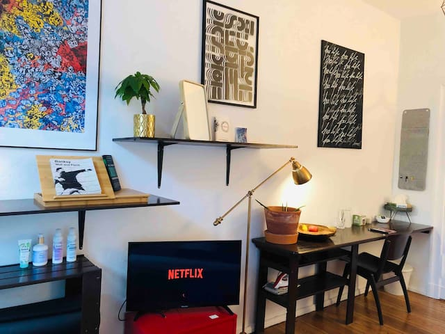 Luxury Art Space in Kreuzberg, central, TV+Netflix