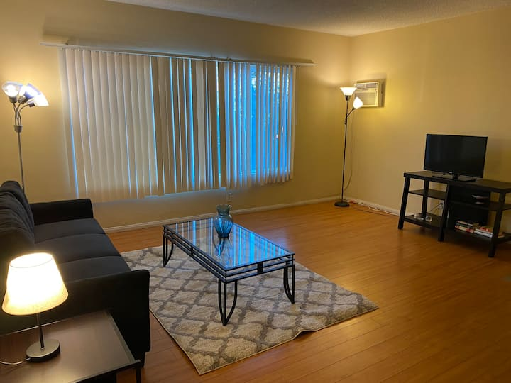 Private&Large 1bed/1bath Sawtelle/ WW w/ parking