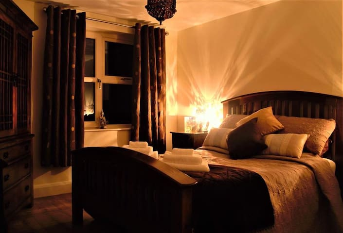 Deluxe, Bespoke Double room with sweeping sea view - Newry and Mourne - Bed & Breakfast