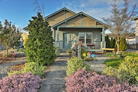 Charming 2BR Birch Bay House - Blaine