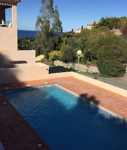 T3 de standing avec piscine vue mer - Saint-Florent