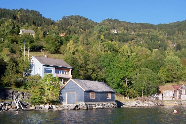 9 person holiday home in NORDFJORDEID