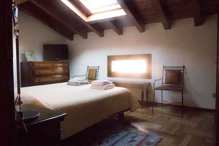 Casa Bella Pratello 130 mq. 2 bathroom