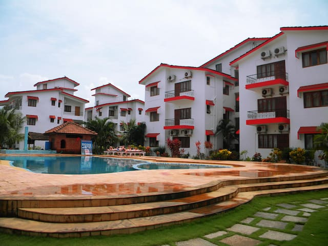Nihal's 1 bedroom apartment with swimming pool