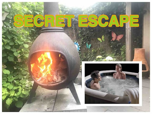 """Privat bungalow on """"DUTCH VELUWE"""", with jacuzzi."""