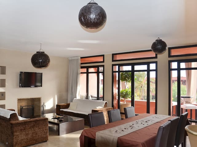 Luxurious apartment with balcony - Marrakech - Apartment