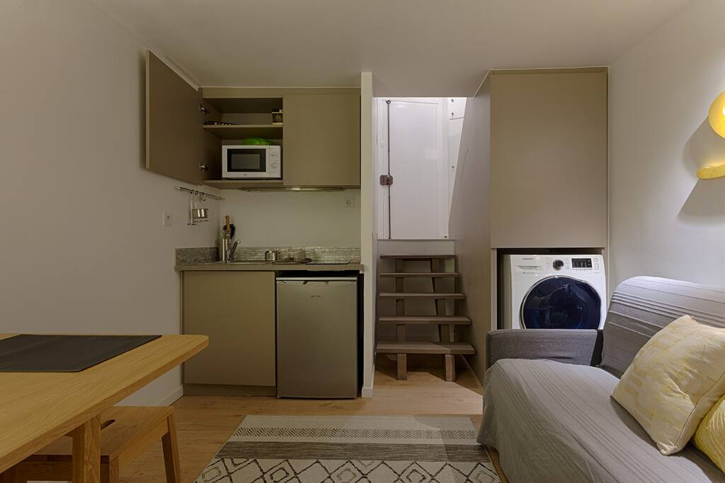 Living space (washer dryer)