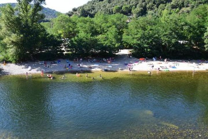 Logement Ardèche proche rivière