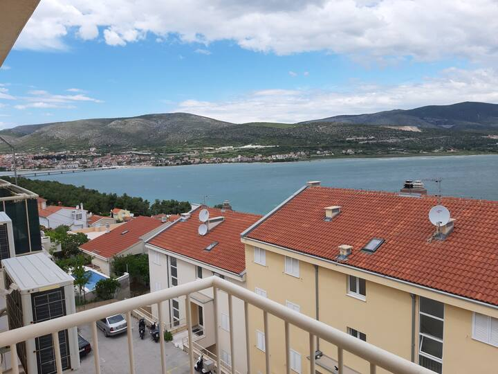 Apartment Quattro - Two Bedroom Apartment with Balcony and Sea View