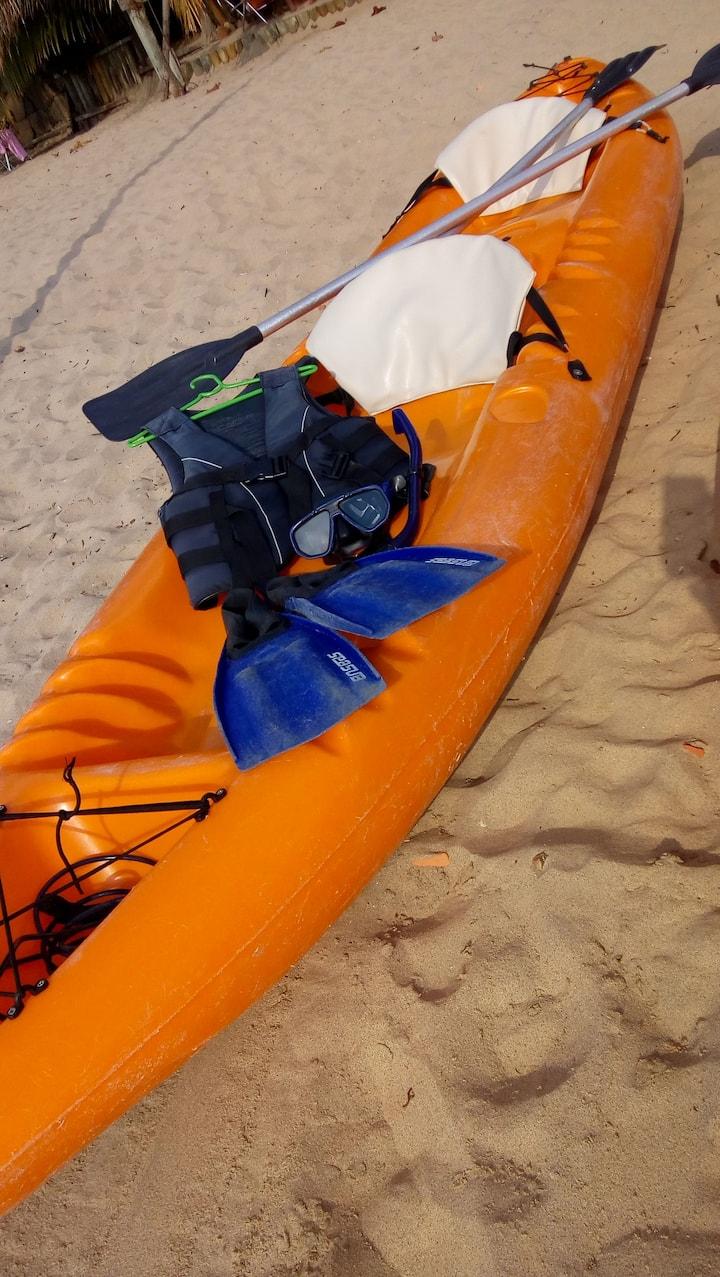 Caiaque duplo e nossos equipamentos de mergulho