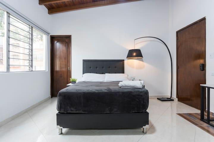 Tu habitación con cama doble muy cómoda /--/ Your bed, super comfortable, double size (1.40 m wide)