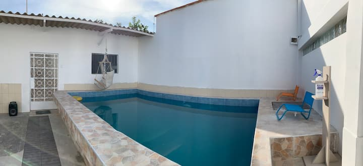 Casa de playa con piscina en Colan
