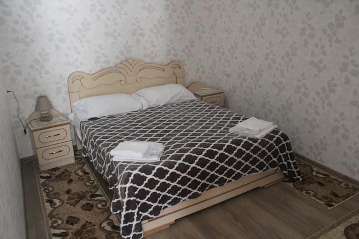 Kutaisi Sunrise(king bed)