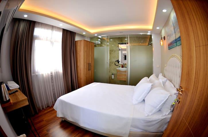 PALMERA OLD CİTY HOTEL