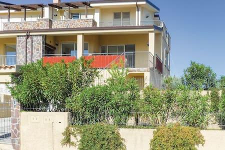 Villa 58 - Badolato Marina -CZ- - Hus