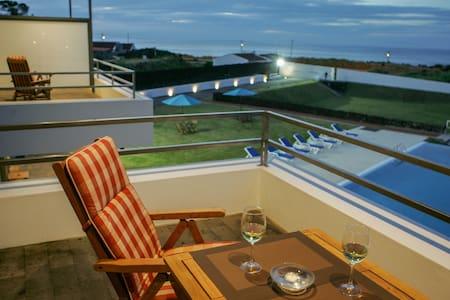 Sea, Charming 2 BEDROOM SUITE  B&B Jacuzzi, Pool.. - Bed & Breakfast