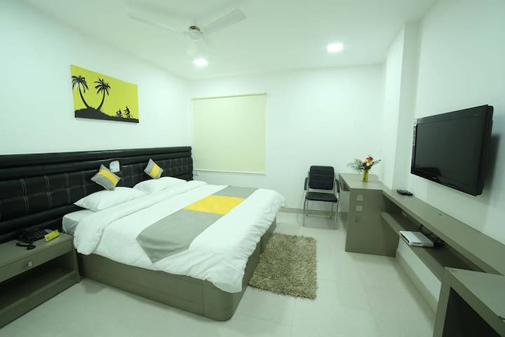 Cozy Stay @ Madhapur for 2