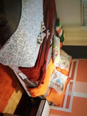 Romantic simple economic style - 林肯 - Appartement