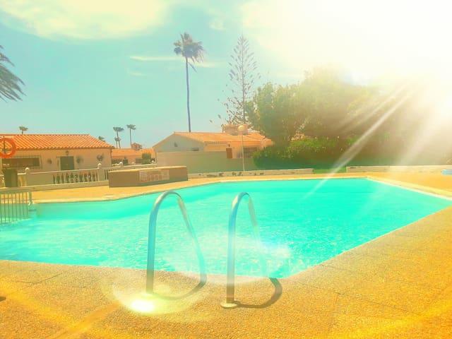Dans maison privée au coeur de Playa del Inglès