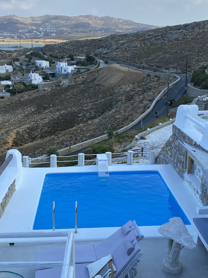 Fulfill your Holiday Dreams at Panormo Beach (2bed/2bath) Sleeps 6!